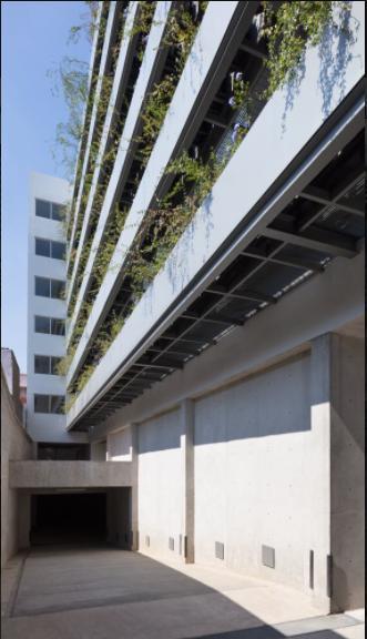 Foto Edificio en Asturias             Calz. de la Viga 369 número 2