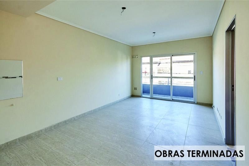 Foto Edificio en Moron Sur Pellegrini 1000 número 3
