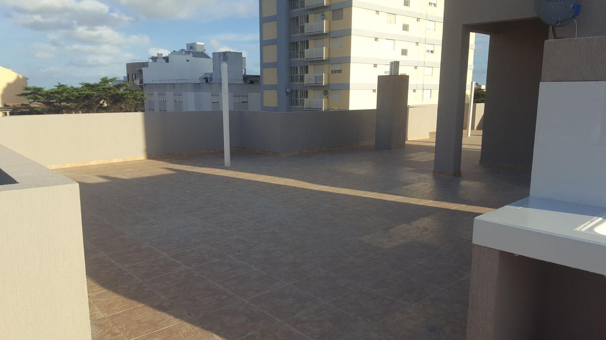 Foto Edificio en San Bernardo Del Tuyu Strobel 161 número 26