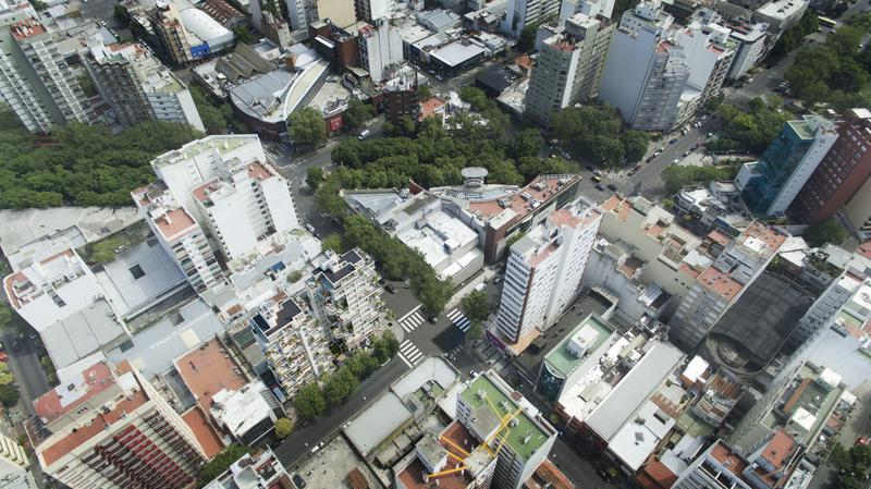 Foto Edificio en Shopping Hipólito Yrigoyen y Belgrano número 19