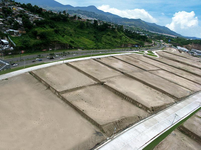 Foto Bodega Industrial en Renta en  Anillo Periferico,  Tegucigalpa  Ofibodega en Complejo Cerrado, Anillo Periferico, Tegucigalpa