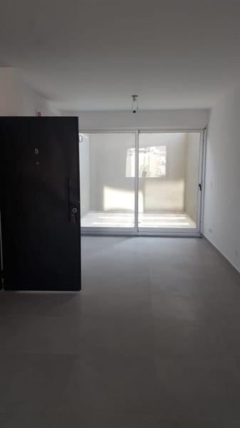Foto Edificio en Villa Luro Pola al 569 número 27