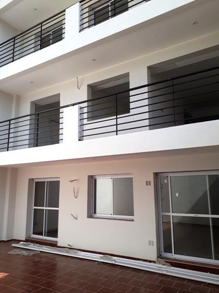 Foto Edificio en Parque Avellaneda Av. Directorio 3852 número 20