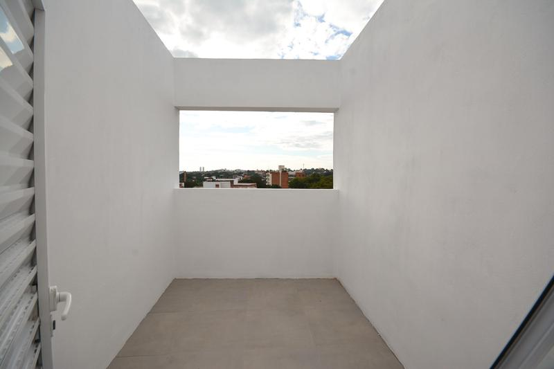 Foto Edificio en Las Mercedes Zona Las Mercedes número 13