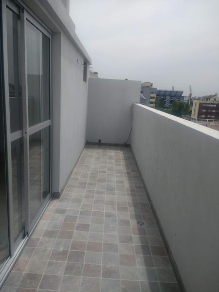 Foto Edificio en Liniers Lisandro de la Torre 104 número 19