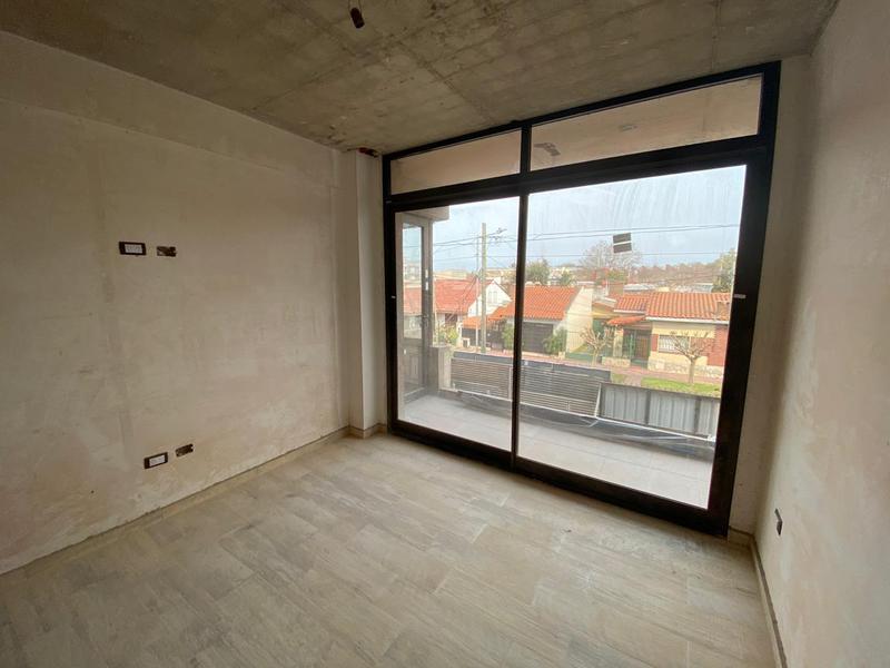 Foto Edificio en Remedios De Escalada ACHAVAL 2324 número 10