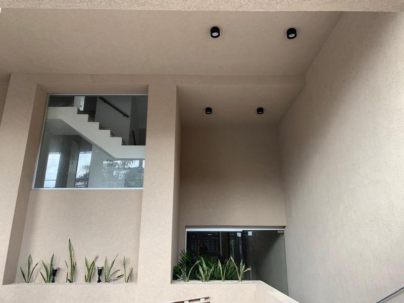 Foto Edificio en Moron Sarratea 70 número 3