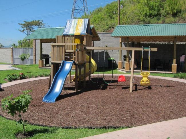 Foto Barrio Abierto en Anillo Periferico 50 metros del Anillo Periferico, frente a Bodegas de DECORA número 5