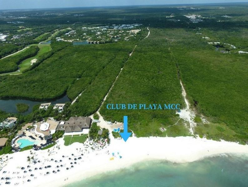 Foto Terreno en Venta en  Solidaridad,  Playa del Carmen  Lote Residencial Country Club Mayakoba con 347m2