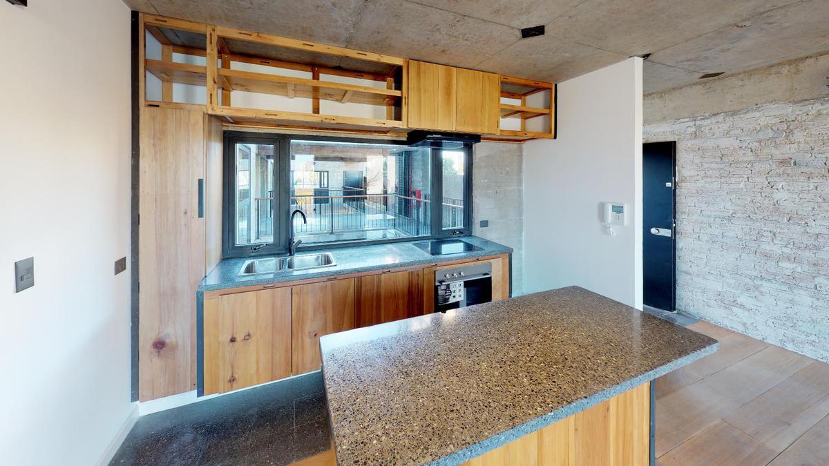 Foto Edificio en Nuñez Ruiz Huidobro y Bv San isidro Labrador número 11