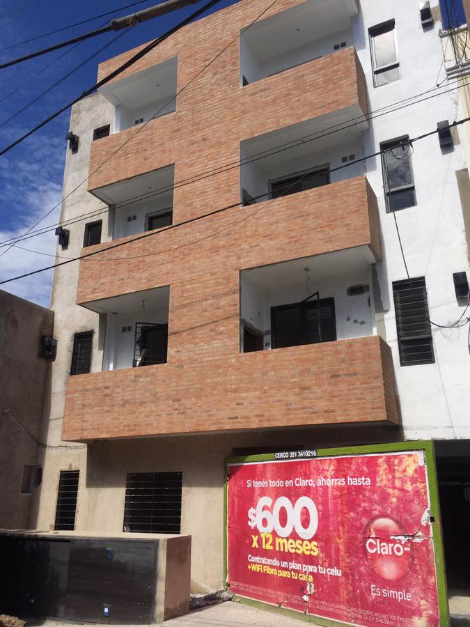 Foto Cochera en Venta en  General Paz,  Cordoba  Deheza 600