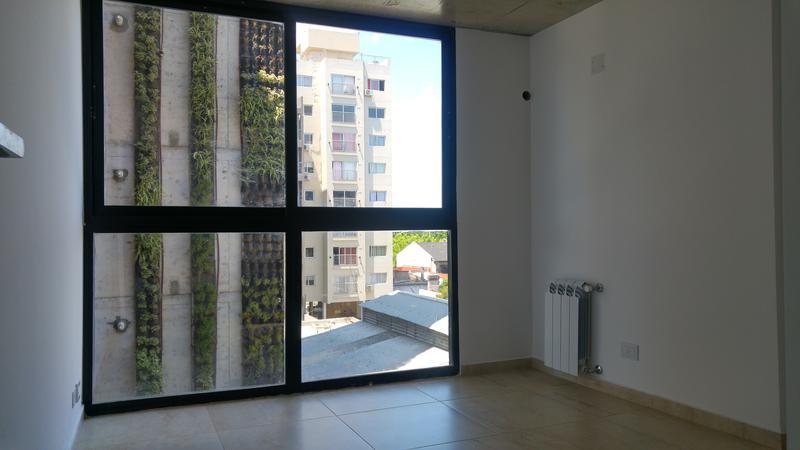 Foto Edificio en Moron Sucre 538 número 8