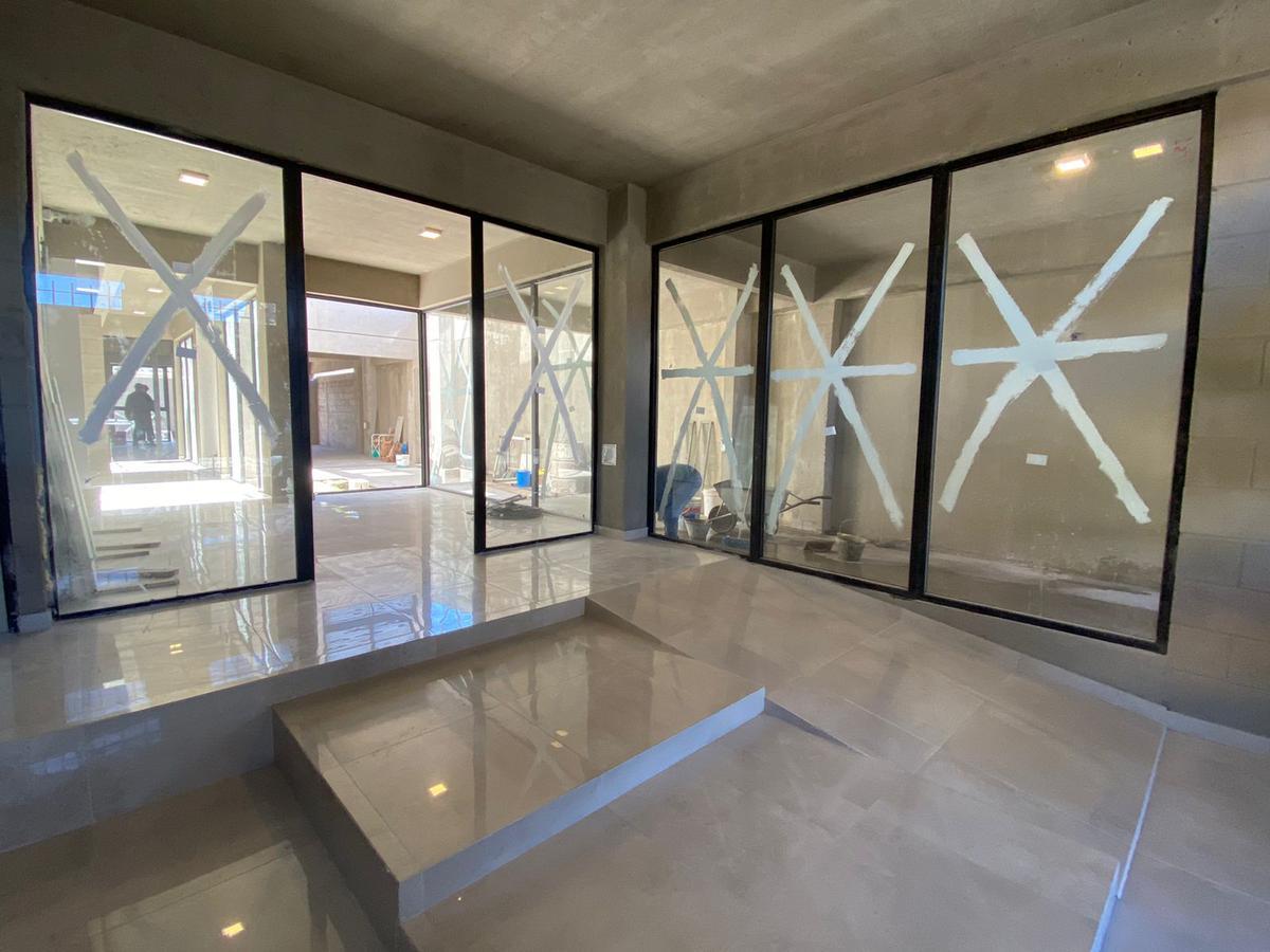 Foto Edificio en Wilde Bragado al 6400 número 6