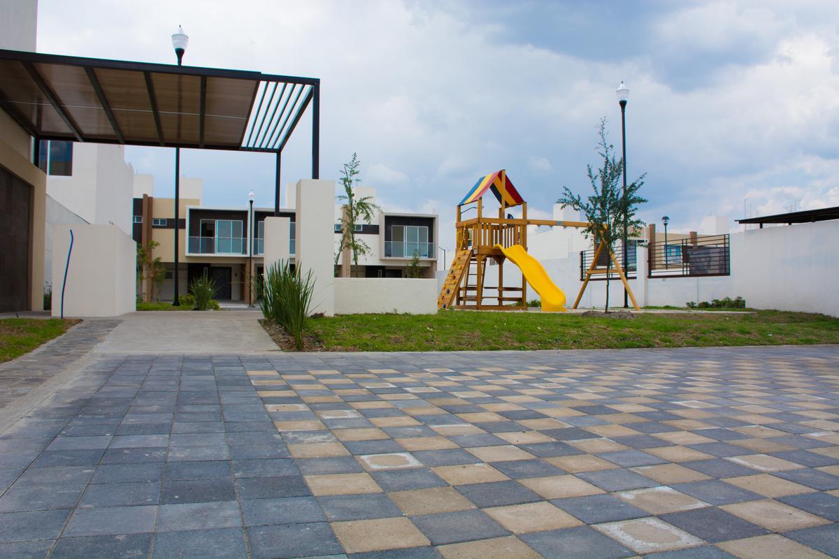 Foto Condominio en San Nicolás Tolentino Casas Nuevas con Rapida Salida a CDMX número 4