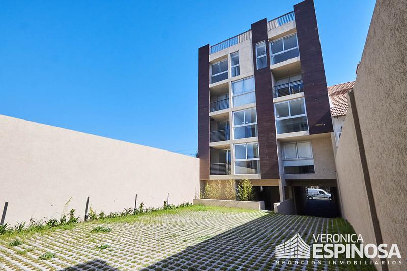 Foto Edificio en Moron Sarratea 70 número 10