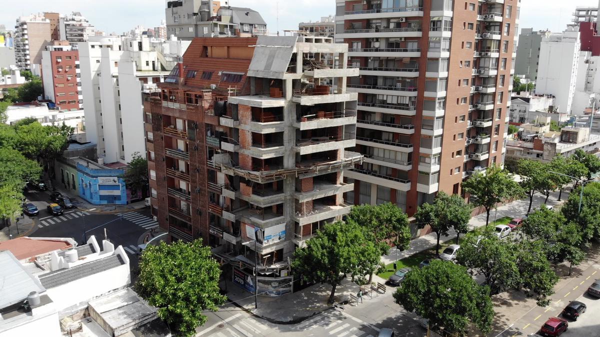 Foto Edificio en Nuñez Comodoro M. Rivadavia Esq. Vuelta De Obligado número 2