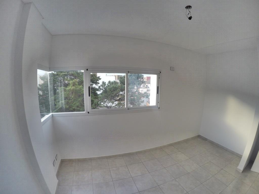 Foto Edificio en San Bernardo Del Tuyu Hernandarias 180 número 18