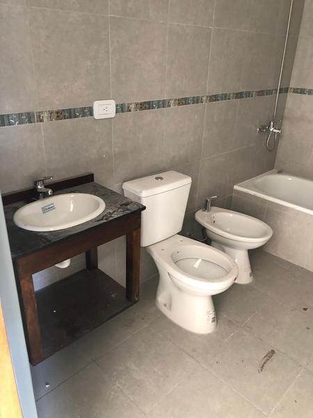 Foto Edificio en Moron Sur Barbosa 300/ 340 número 7