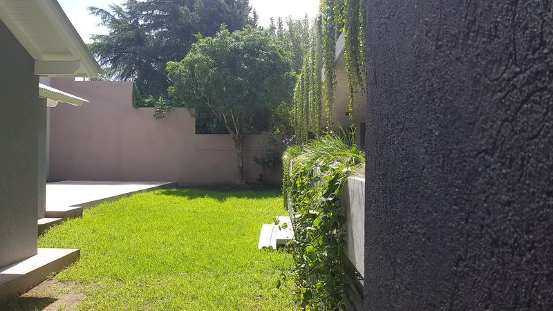 Foto Edificio en Castelar Victorino de la plaza 291 número 14