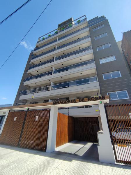Foto Edificio en Moron Ortiz de Rosas 530 número 3