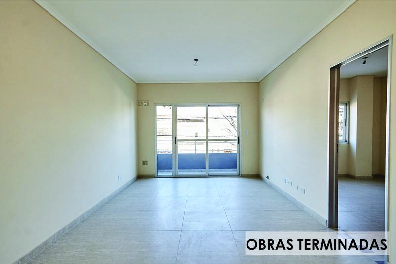Foto Edificio en Moron Sur Pellegrini 1000 número 2