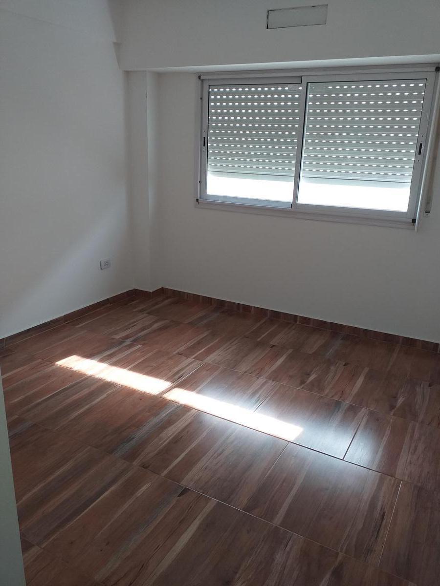 Foto Edificio en Ramos Mejia Sur             Vacca 255 Ramos Mejía           número 20