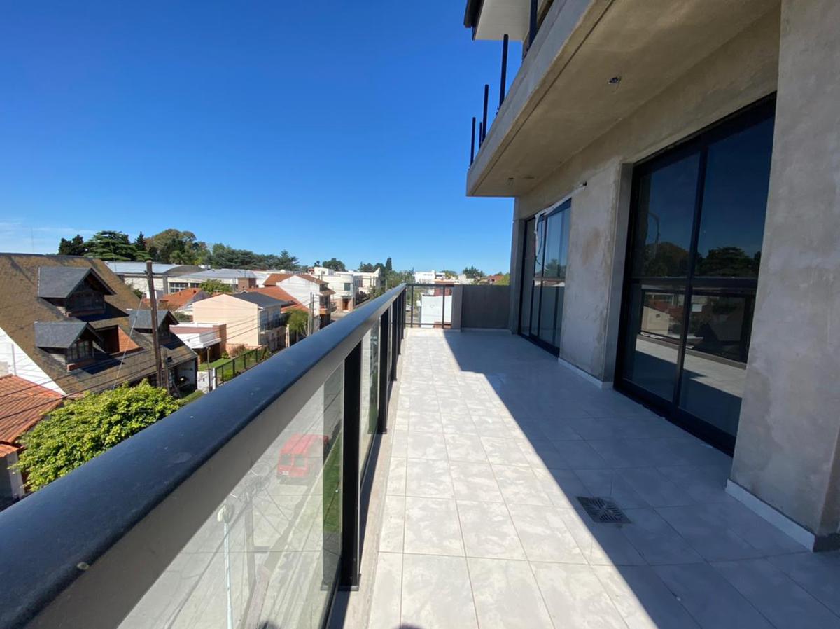 Foto Edificio en Wilde Bragado al 6400 número 12