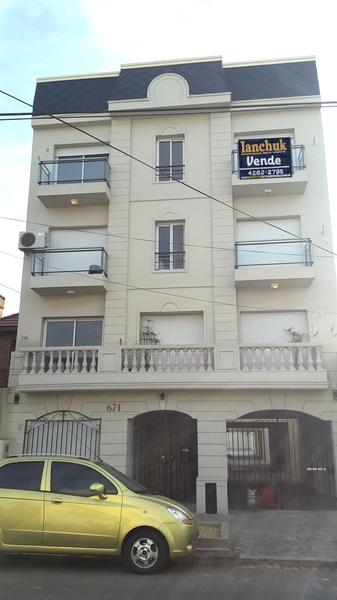 Foto Edificio en Lomas De Zamora Francisco Portela 500 número 9