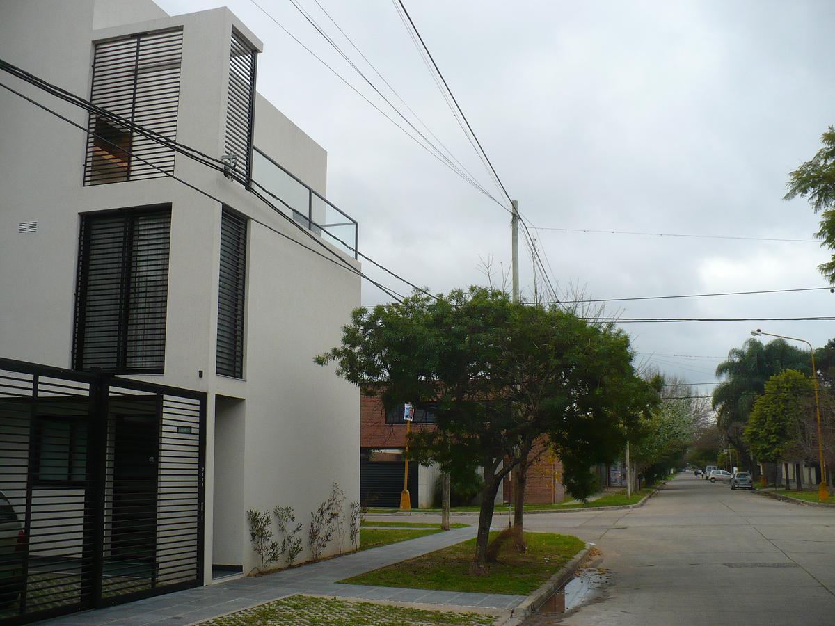 Foto Edificio en Santa Fe Riobamba al 7100 número 3