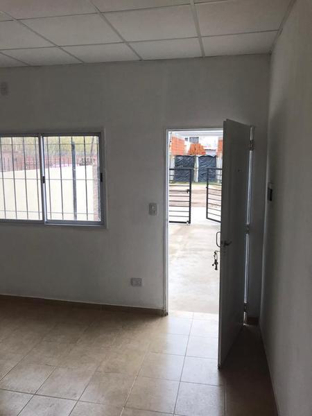 Foto Condominio en Jose Clemente Paz Domingo Faustino Sarmiento 4275 número 3