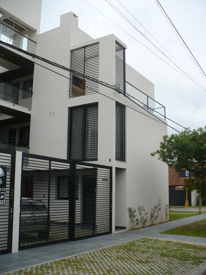 Foto Edificio en Santa Fe Riobamba al 7100 número 6