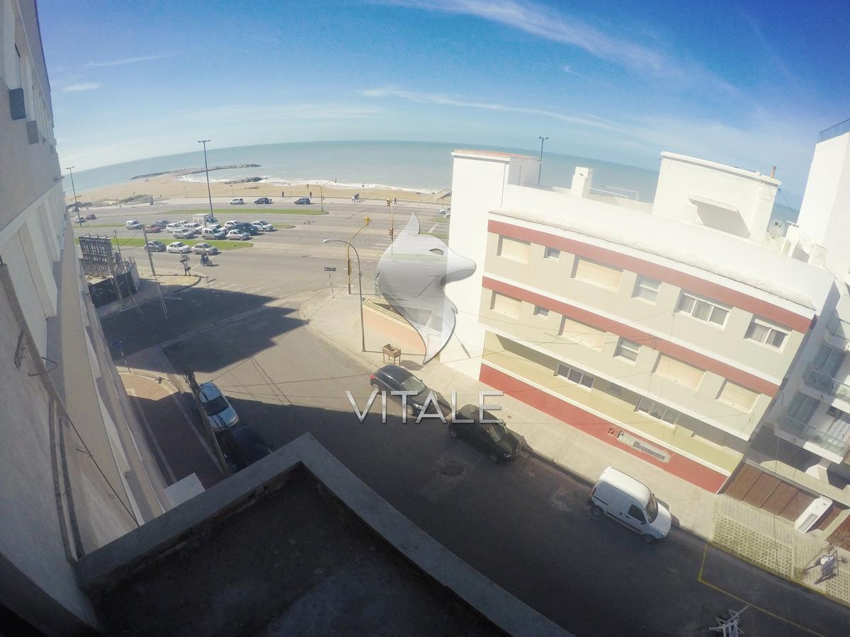 Foto Edificio en La Perla Norte Sgto. Cabral 73 número 15