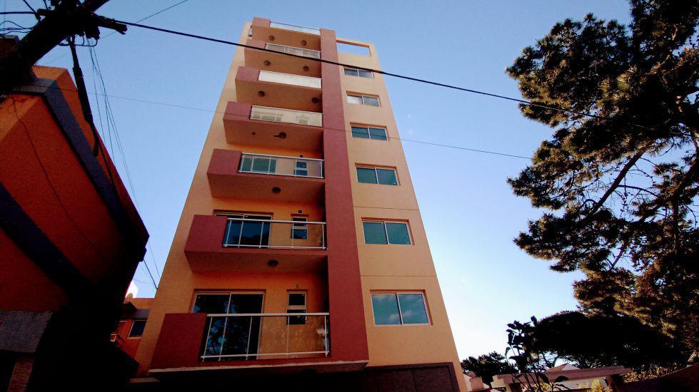 Foto Edificio en San Bernardo Del Tuyu San Juan 1974 número 8