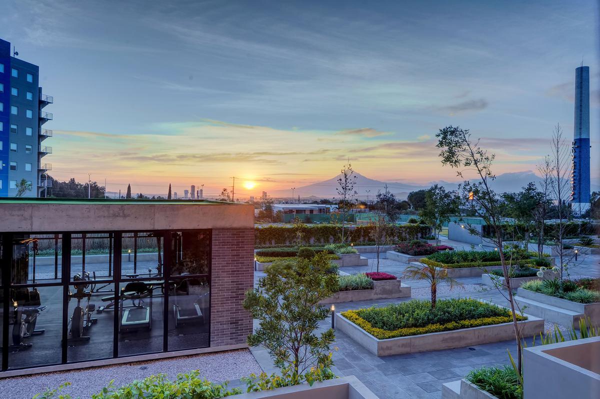 Foto Edificio en Equipamiento Zona Cementos Atoyac         Blvd. 15 de Mayo 45 14       número 3