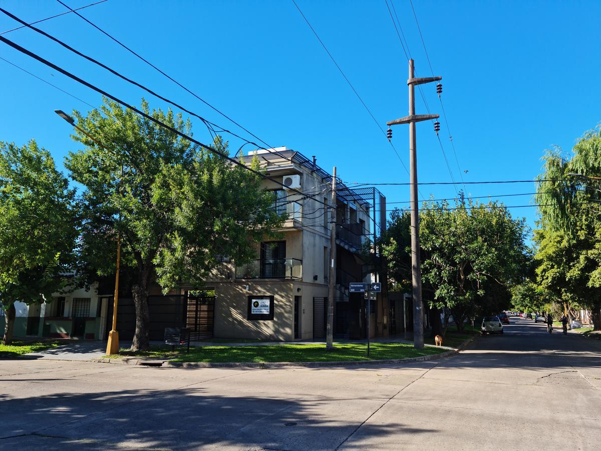 Foto Edificio en Santa Fe Piedras al 6600 número 5