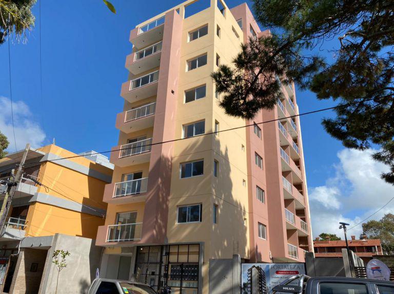 Foto Departamento en Venta en  San Bernardo Del Tuyu ,  Costa Atlantica  San Juan 1974 - 3º D
