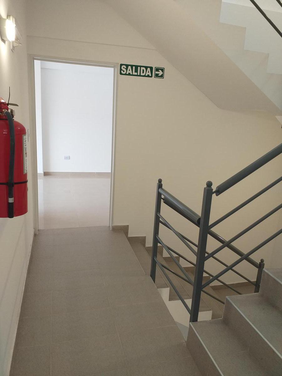 Foto Edificio en Ramos Mejia Sur             Vacca 255 Ramos Mejía           número 6