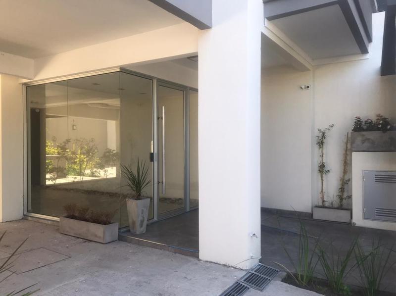 Foto Edificio en Moron Sur Mariano Moreno 900 número 4