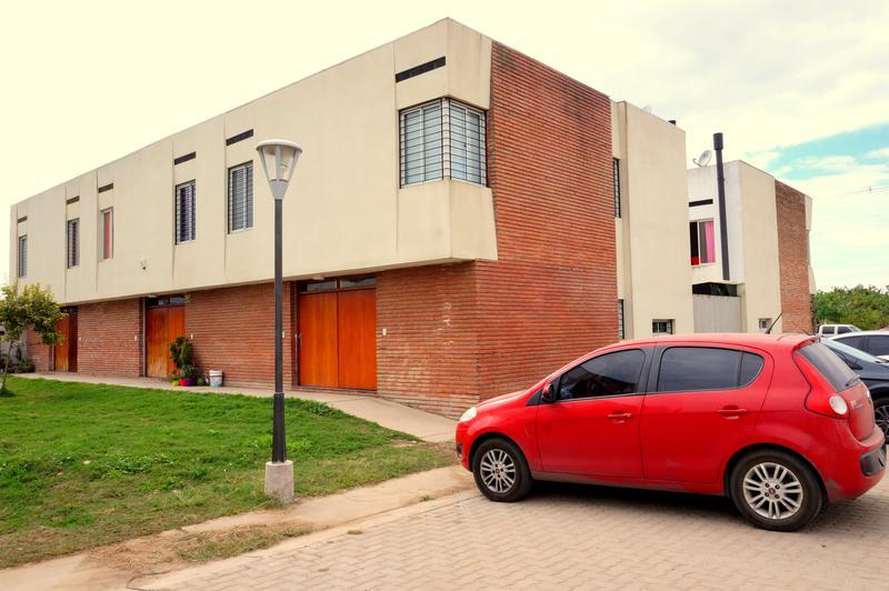 Foto Casa en Venta en  San Miguel De Tucumán,  Capital  Proyecto 1850, Dúplex 2 Dormitorios - Pje. Tagle y Felix de Olazabal.