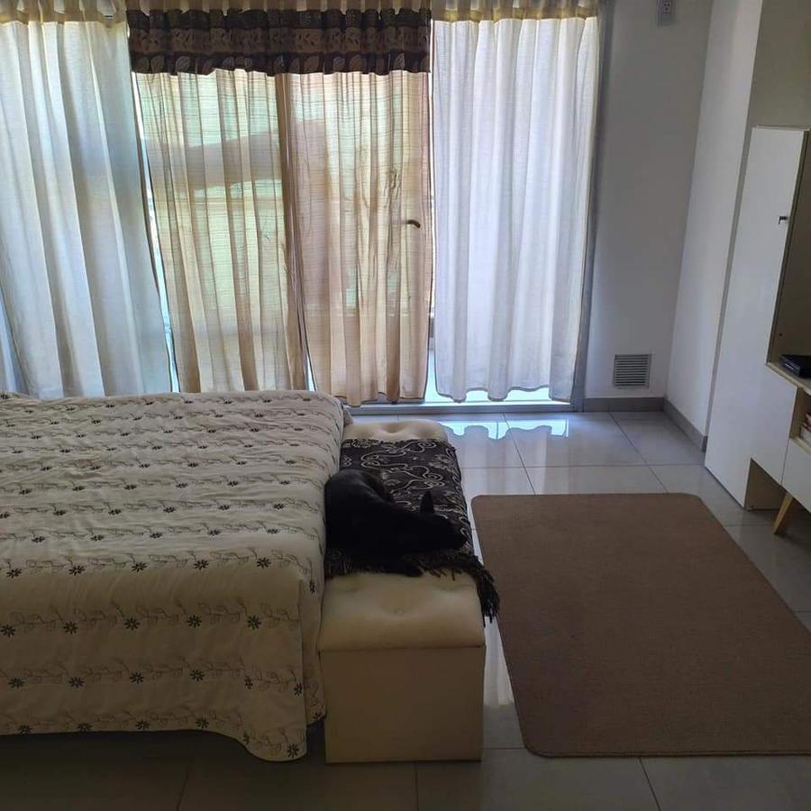 Foto Local en Venta en  Pichincha,  Rosario  GUEMES 2920