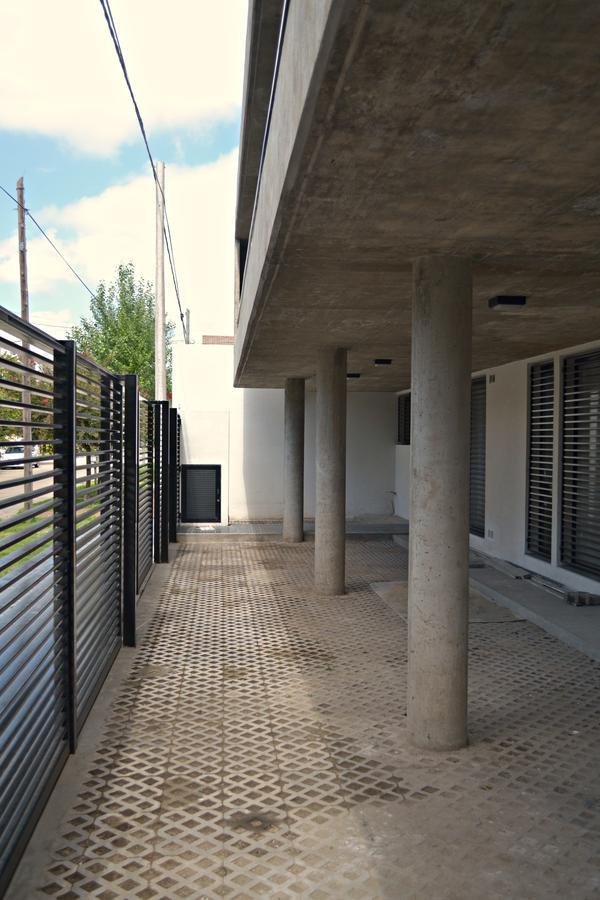 Foto unidad Cochera en Alquiler | Alquiler temporario en  Guadalupe,  Santa Fe  RIOBAMBA AL 7200 (ESQ. C. FASOLINO) - BARRIO GUADALUPE, SANTA FE