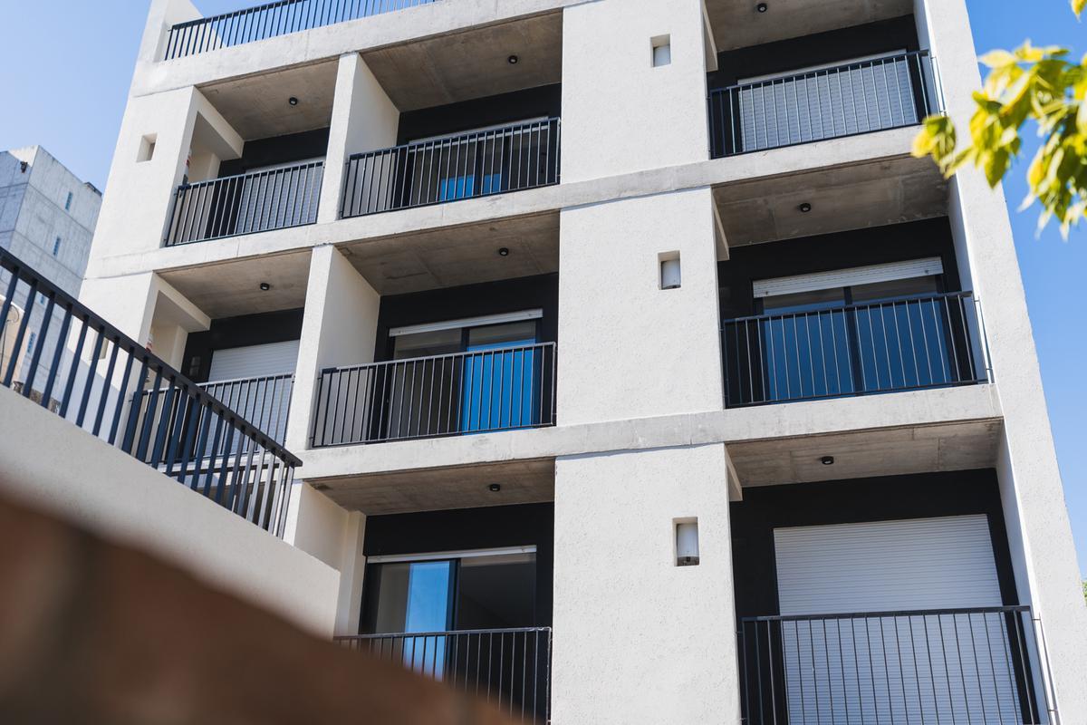Foto Edificio en Lourdes Rioja 3154 número 3