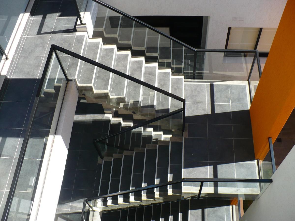 Foto Edificio en Santa Fe ESTANISLAO ZEBALLOS al 100 numero 3