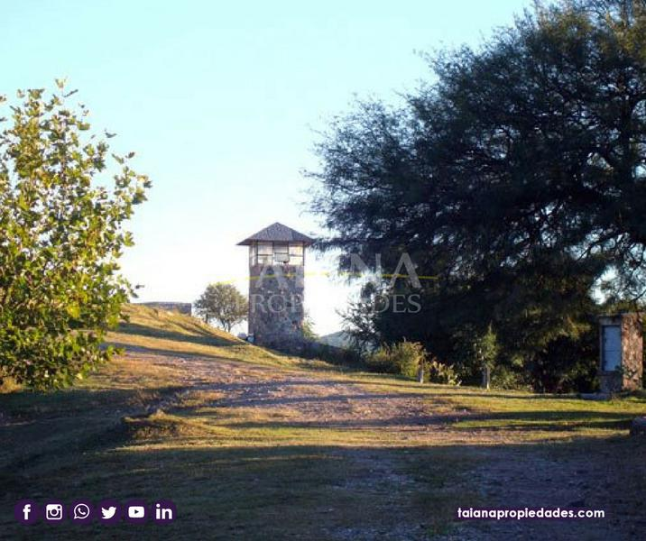 Foto Country en Unquillo Corral de Barrancas Unquillo-San Martin 100 número 2