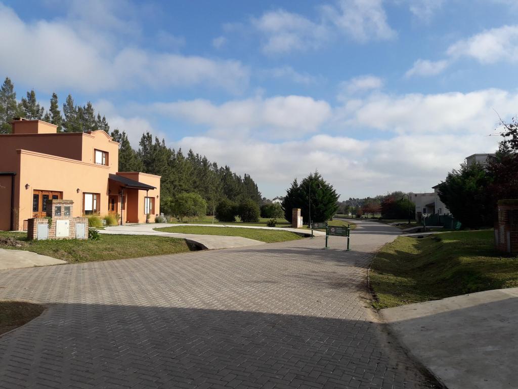 Foto Barrio Privado en Countries/B.Cerrado (Campana) Alto Los Cardales número 2