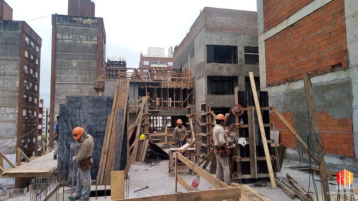 Foto Edificio en Centro Zeballos 1678 número 6