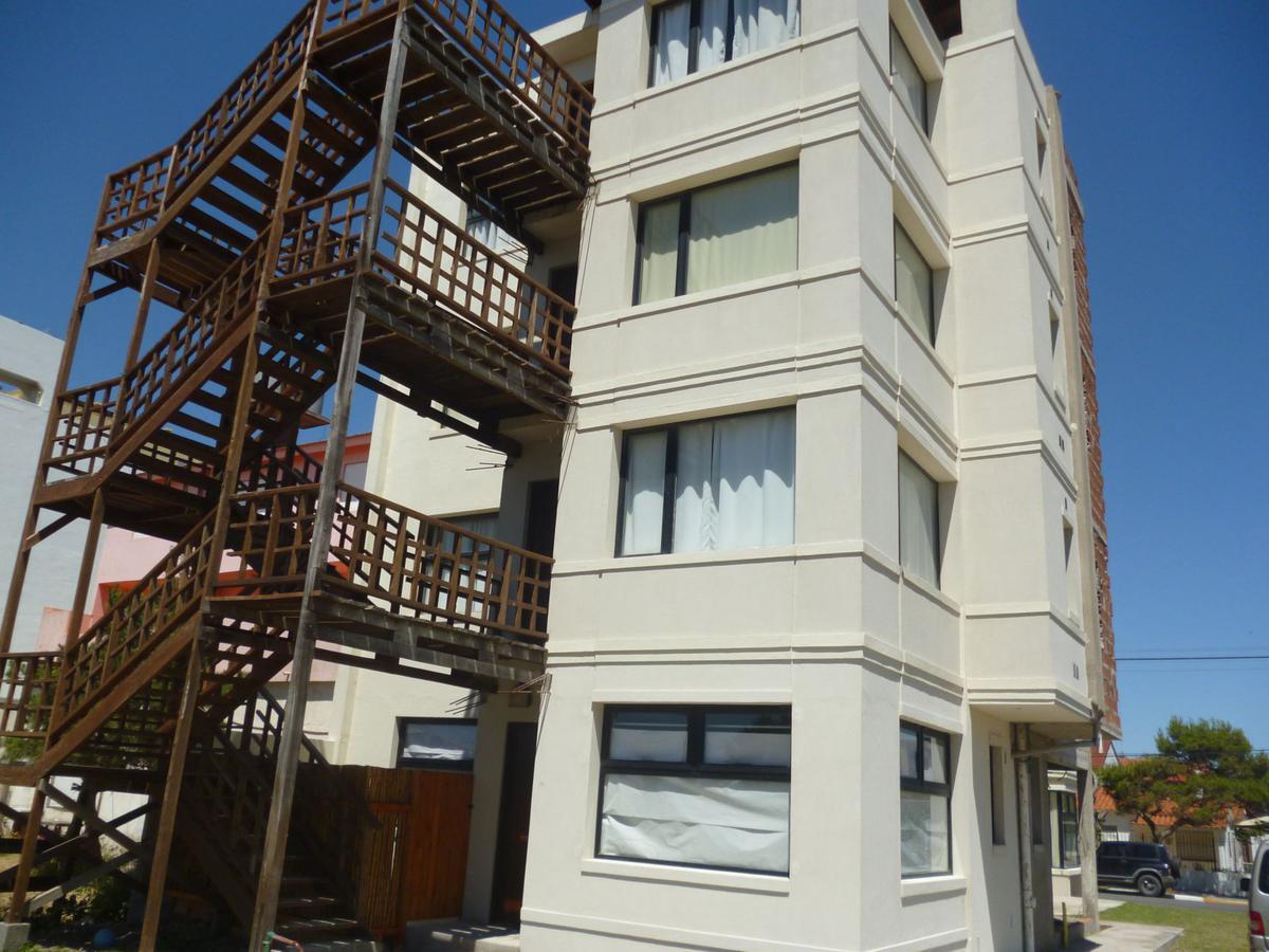 Foto Edificio en Costa Azul Mendoza 3981 número 3