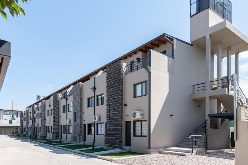 Foto Condominio en San Fernando Haus701 (Housing Zona Sur)- Dúplex dos y tres Dormitorios- Locales Comerciales | con Cochera. POSESIÓN INMEDIATA número 7