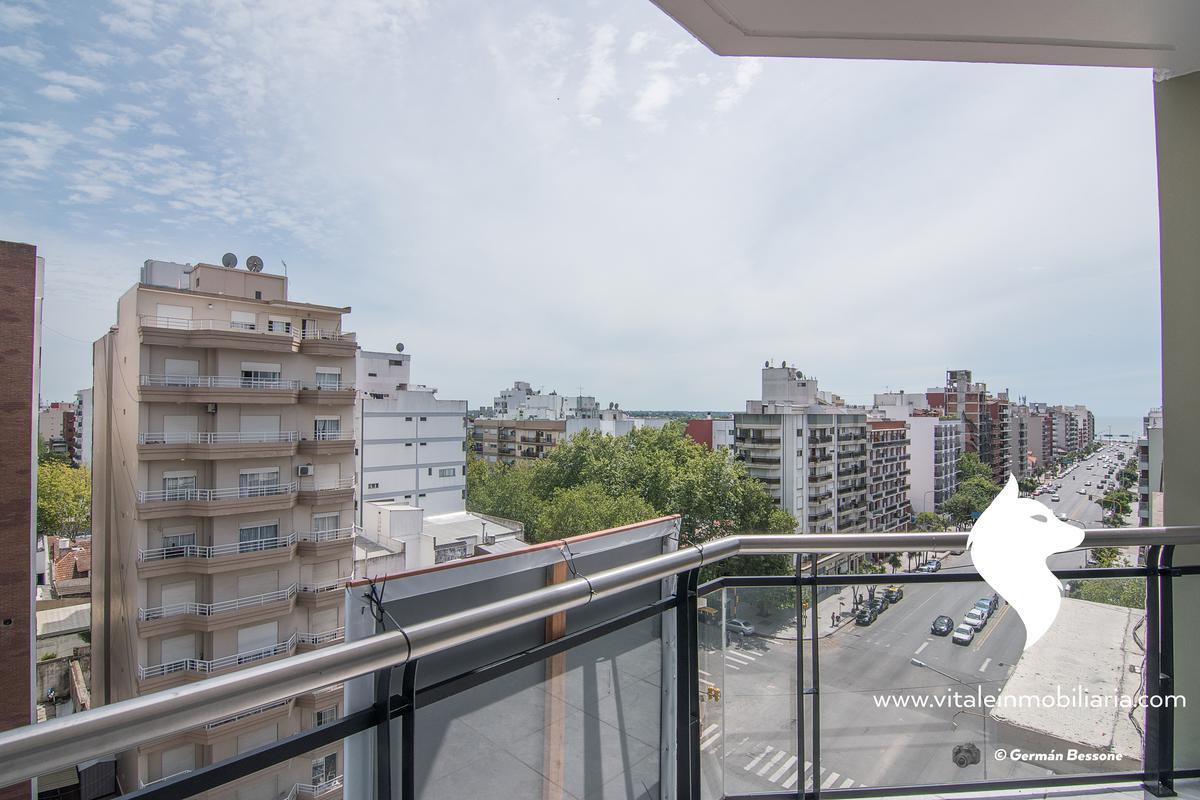 Foto Edificio en La Perla Sur Independencia 1000 número 14