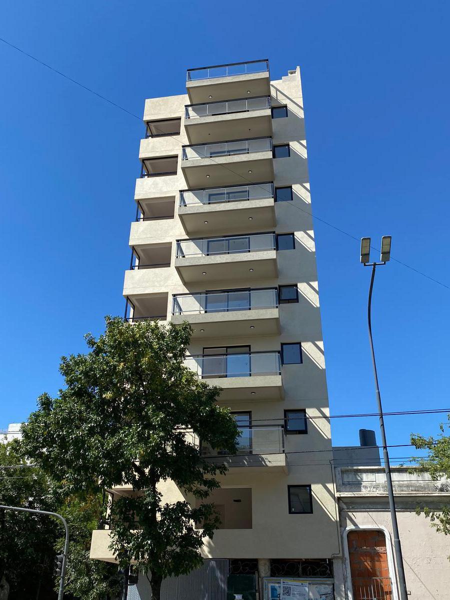 Foto Edificio en Flores Av. Carabobo 602 número 4